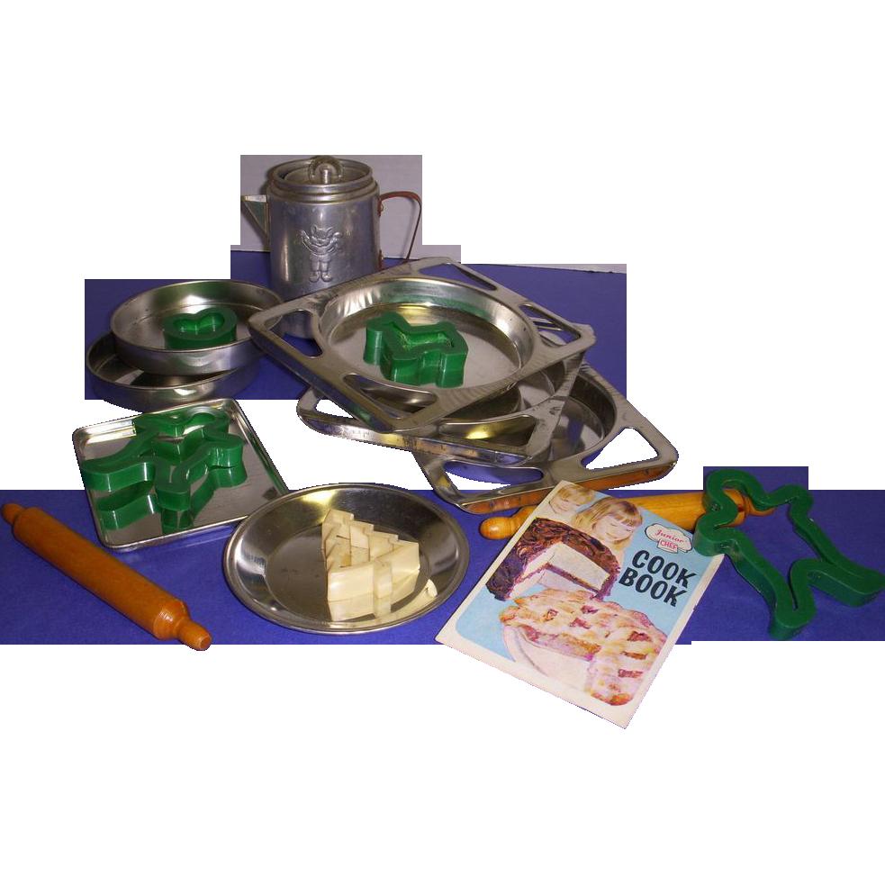 Vintage Child's Baking Set - 19 Pieces!