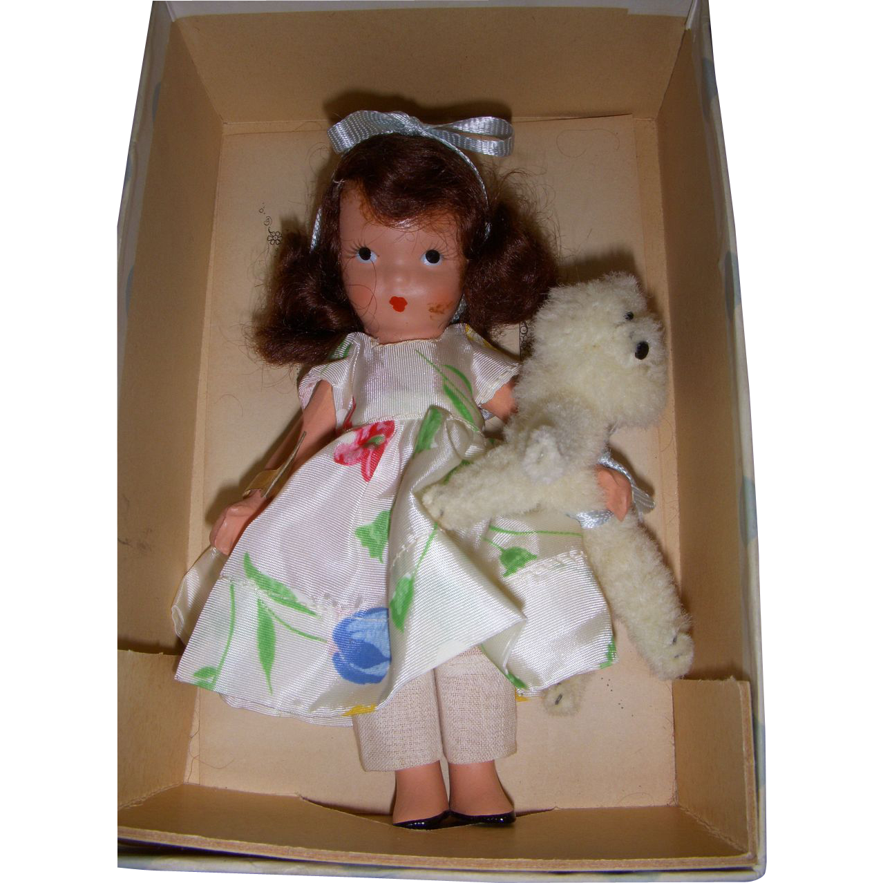 "Nancy Ann Storybook Doll Bisque ""I Have A Little Pet"" MIB!"