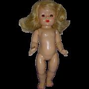 Vintage 1950s Strung Muffie Doll!