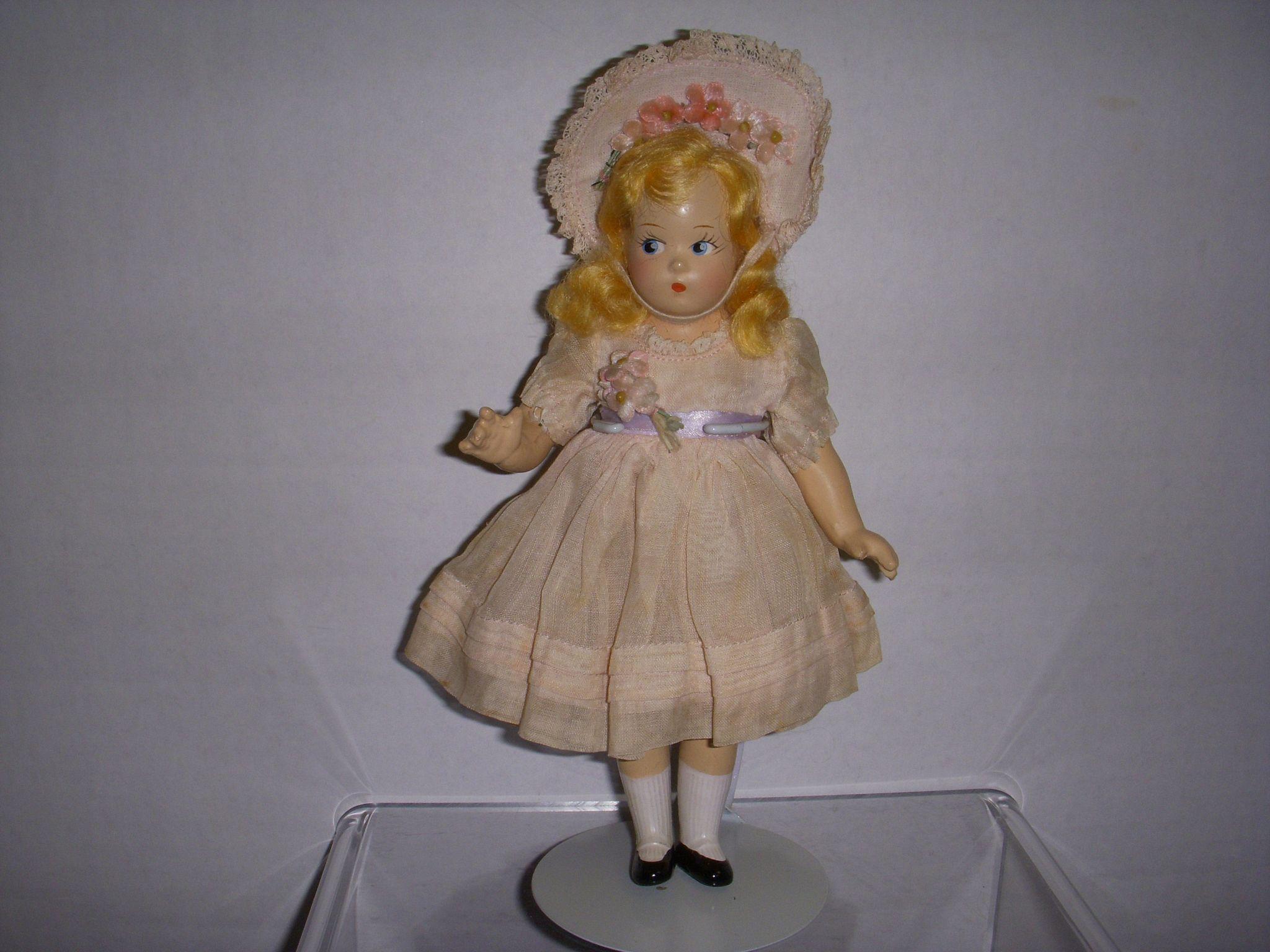 vintage madame alexander tiny betty doll all original from. Black Bedroom Furniture Sets. Home Design Ideas