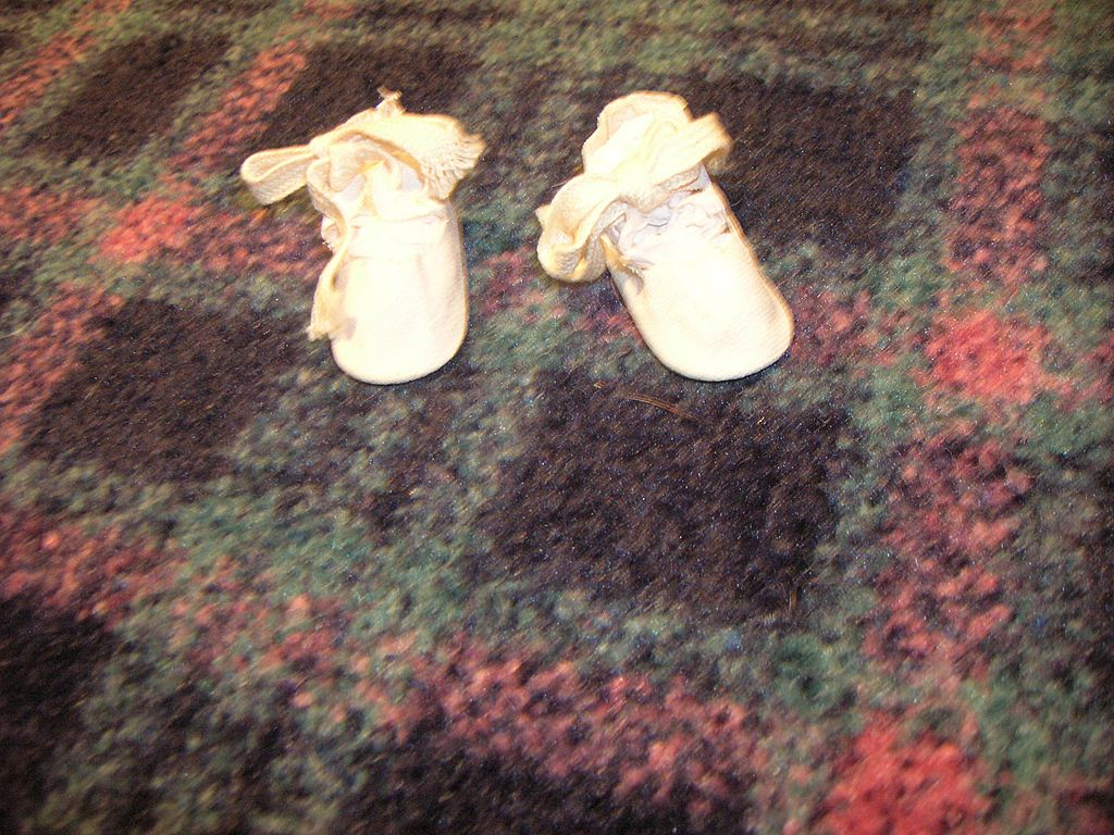 Vintage White Tie Doll Shoes
