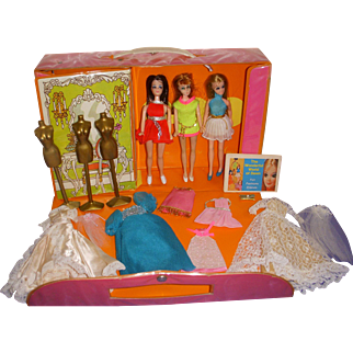 Vintage Dawn Dolls Lot - Dolls - Case - Clothes