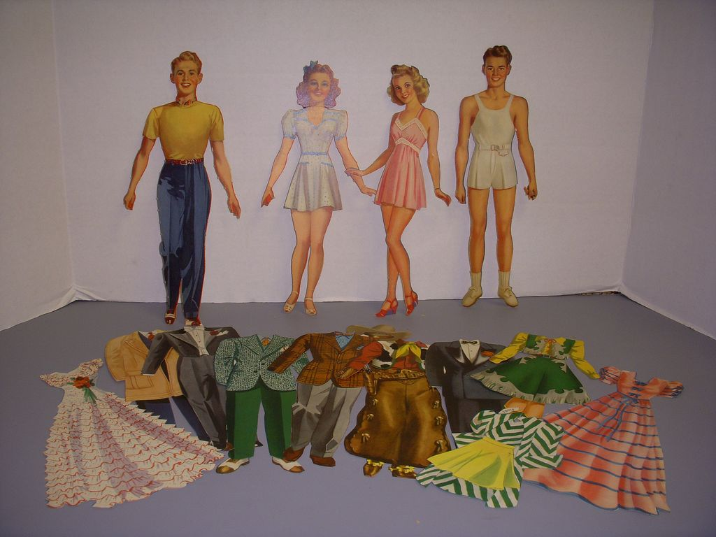 "1941 Vintage Paper Doll Set ""College Style"" Paper Dolls!"