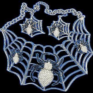 Halloween Spooky Spider & Web Necklace Earrings