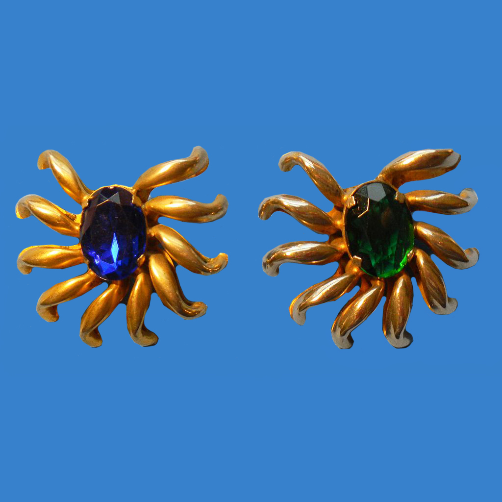 Matching Sunburst Pin - 1 Fur Clip, 1 Regular