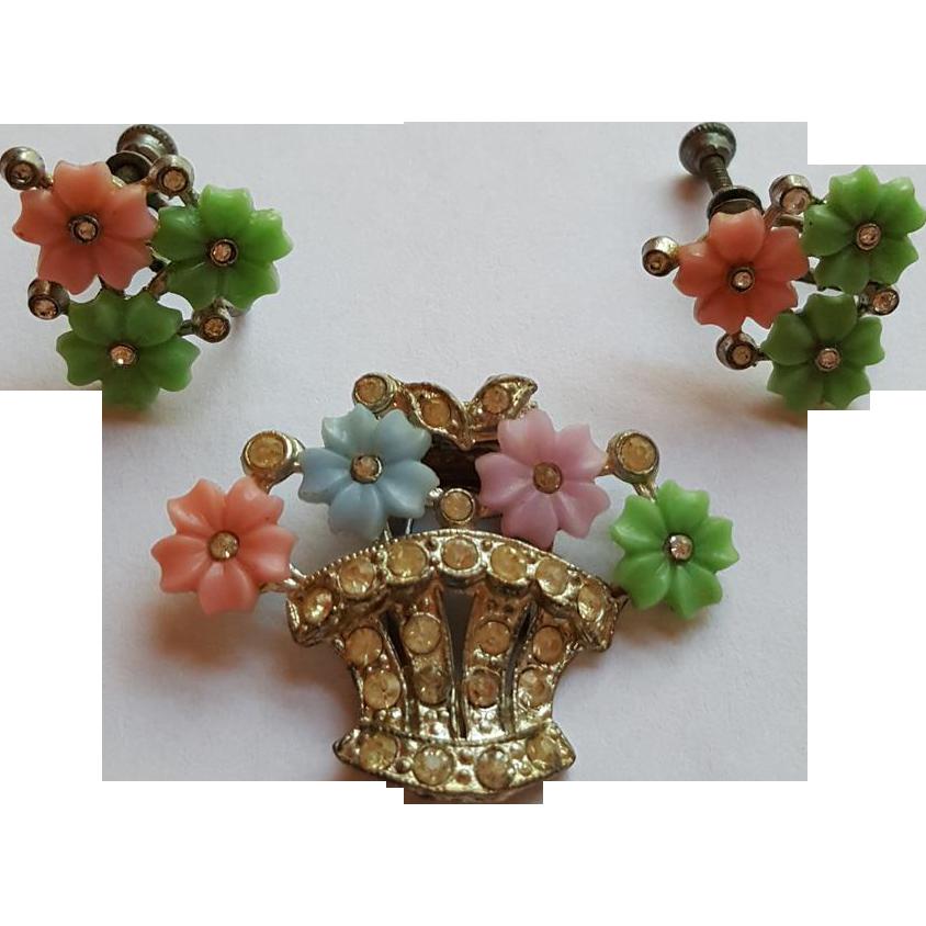 1940s Flower Clip & Earring Set