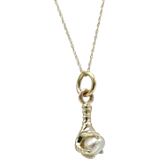 14KT Gold Bird Talon and Pearl Vintage Charm