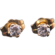 14 K Yellow Gold 0.20 Carat Diamond Stud Earrings