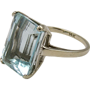 14KT White Gold Aquamarine Ring