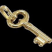 14KT Gold Vintage Italian Key Charm
