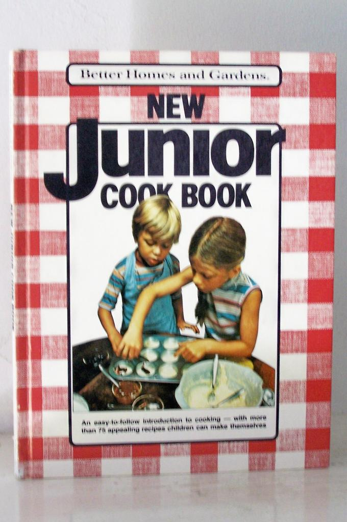 1st Edition Junior Cook Book