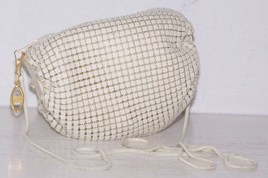 White Enamel Mesh Barrel Pouch Shoulder Bag/Evening Bag