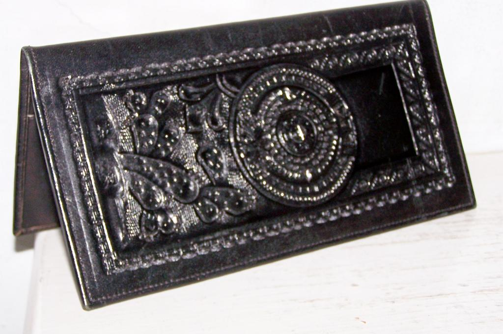 Black Hand Tooled Leather Checkbook Wallet~Mint!