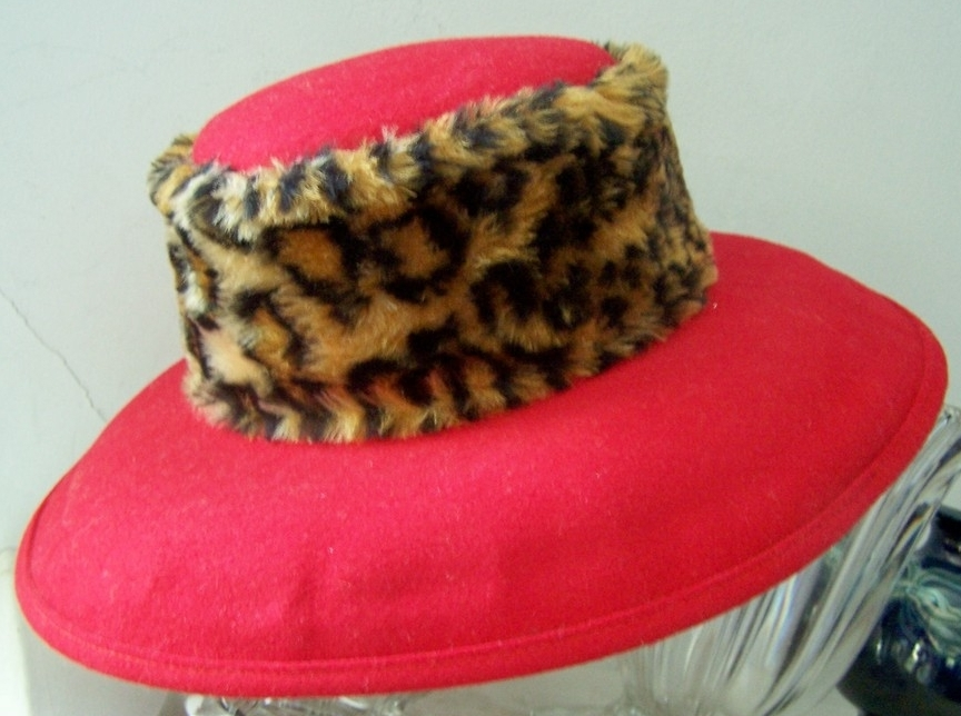 "50% OFF! Red Wool Hat Fur Band Mint! ""Deborah of New York"""