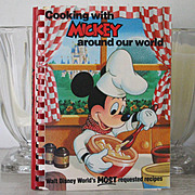 1st Edition Mickey Mouse Disneyland Cookbook