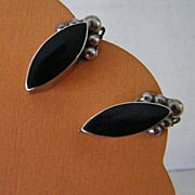 Vintage Taxco Mexican 925 Sterling Silver and Onyx Earrings