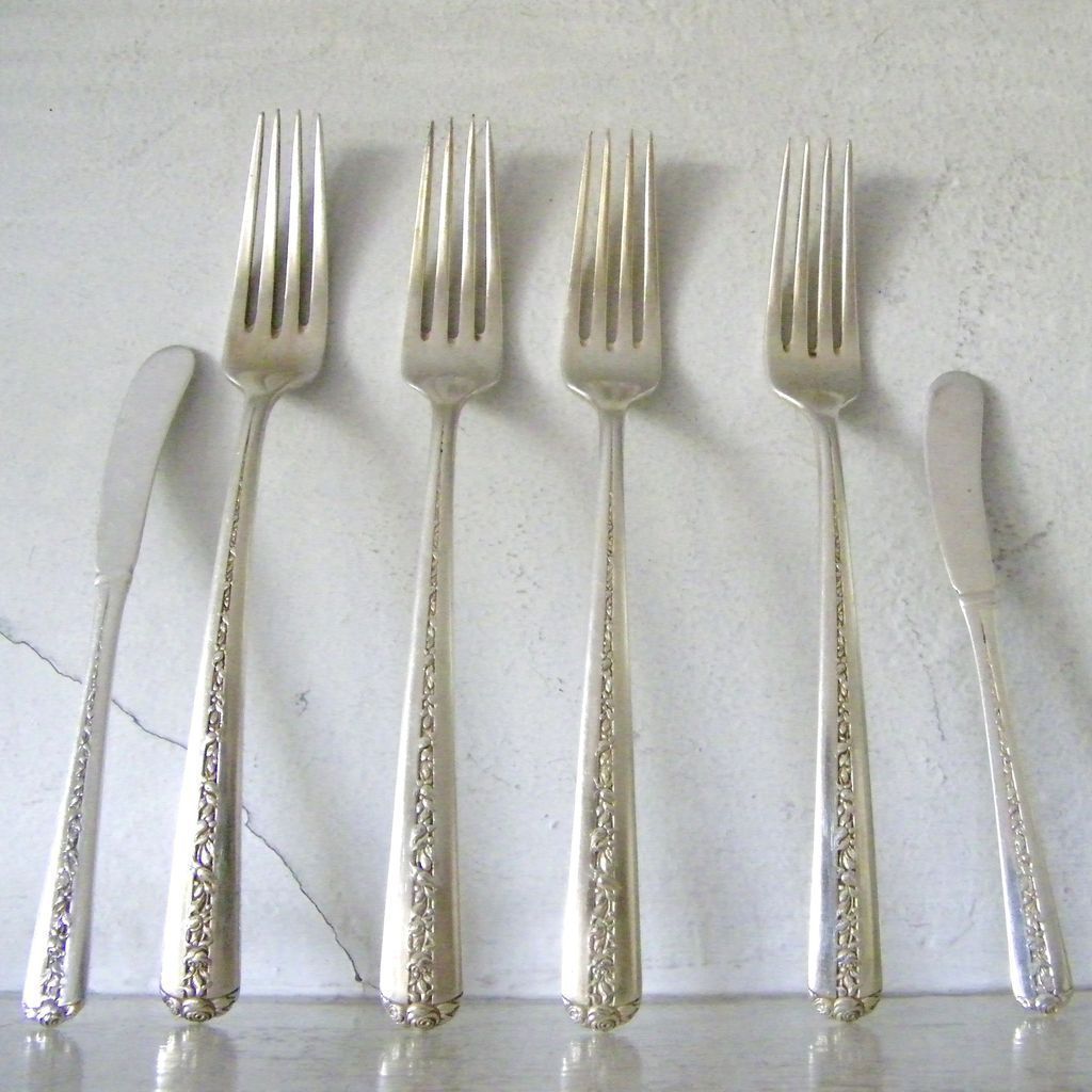 6 Pieces Towle Sterling Rambler Rose Forks And Butter