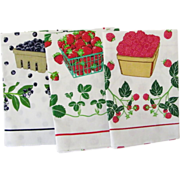 Three MINT Vintage Tea Towels Strawberry Blueberry Raspberry Lillian Vernon 1984