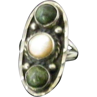 Vintage Mexican Sterling Ring Signed size 5.5