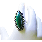 Vintage Mexican Silver Ring size 8 Oval Green Onxy