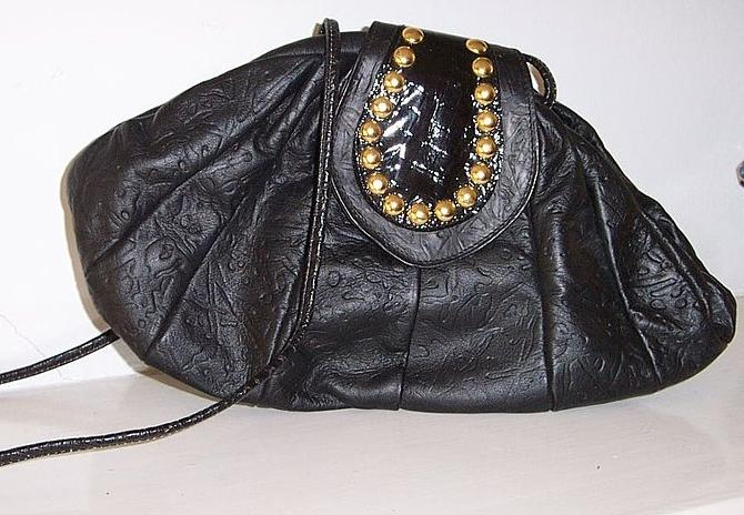 Shafir Black Leather Studded Shoulder Bag  mint