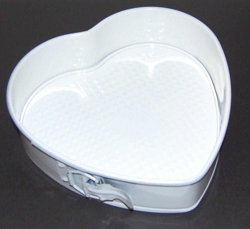 Nordic Ware ~ White Heart Springform Cake Pan