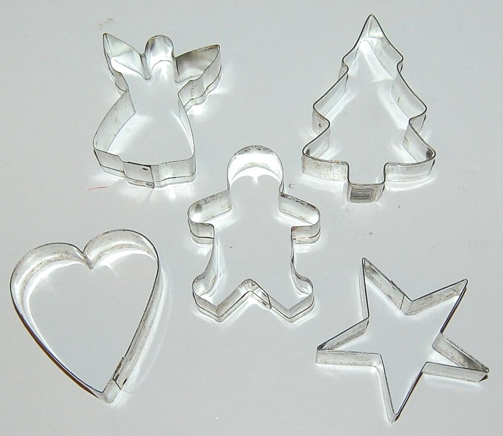 Vintage 5-Pc Aluminum Christmas Cookie Cutters from ...