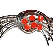 1960/70s Faux Coral Silvertone Modernist Spray Brooch