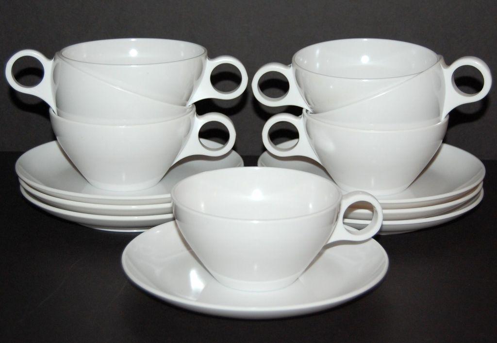 Vintage 14-Pc White Melamine Cup & Cake Plate Set