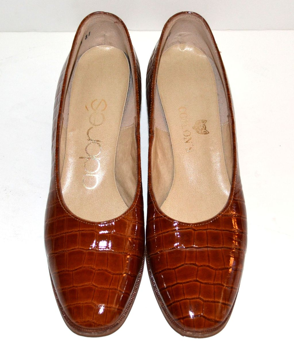 Adores Embossed Crocodile Patent Leather Heels ~ Size 6.5N from ...