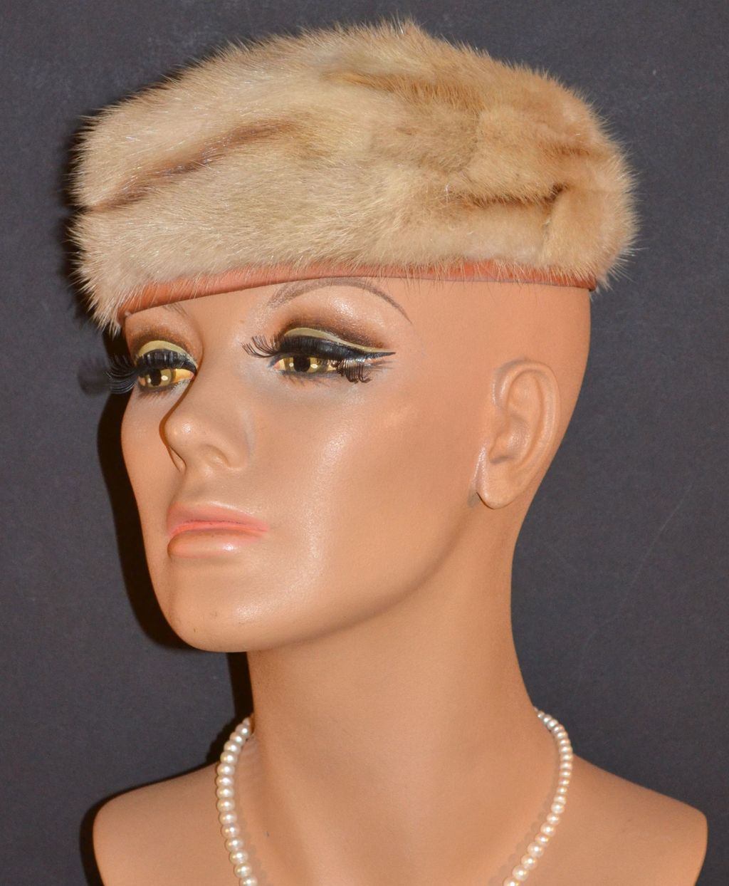 1950s Freiman ~ Honey Brown/Beige Fur Pillbox Hat