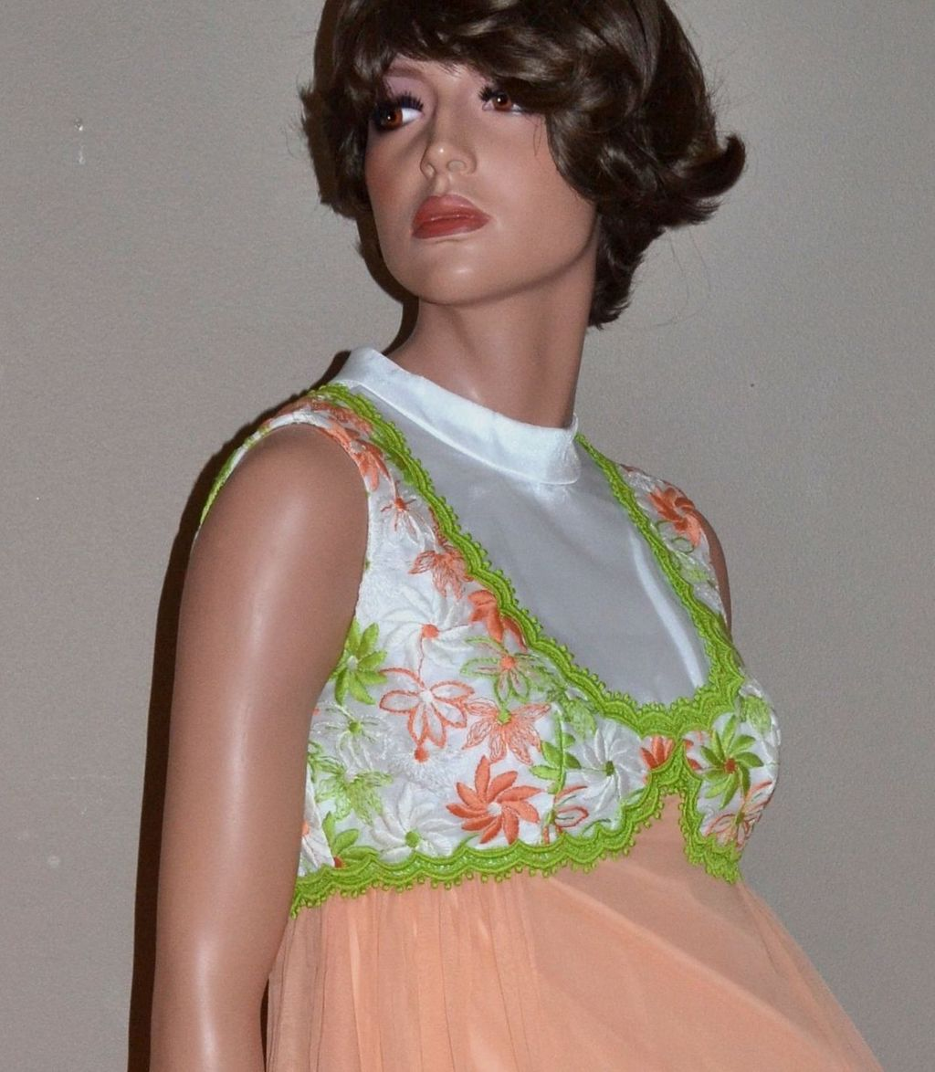 1960s ILGWU Long Peach Chiffon w/ Embroidery Evening Gown