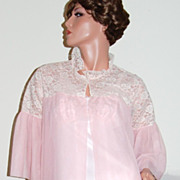 1950/60s Mary Barron ~ Long Pink Double Chiffon & Lace Robe