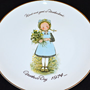 "1974 Holly Hobbie ~ 10.5"" Porcelain Mother's Day Plate"
