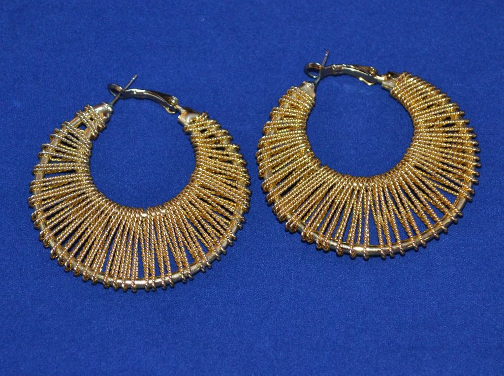 1970s Large Twisted Goldtone Hoop Earrings from kitschandcouture on ...