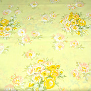 1960s Springmaid ~ Yellow Rose Bouquet Standard Pillowcase