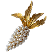 Faux White Pearl Grape Cluster Pin/Brooch