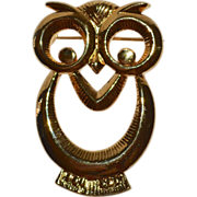 Large Whimsical Owl Goldtone Brooch/Pin