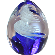 Signed Russ Berrie Cobalt Blue & White Swirled Egg-Shaped Paperweight