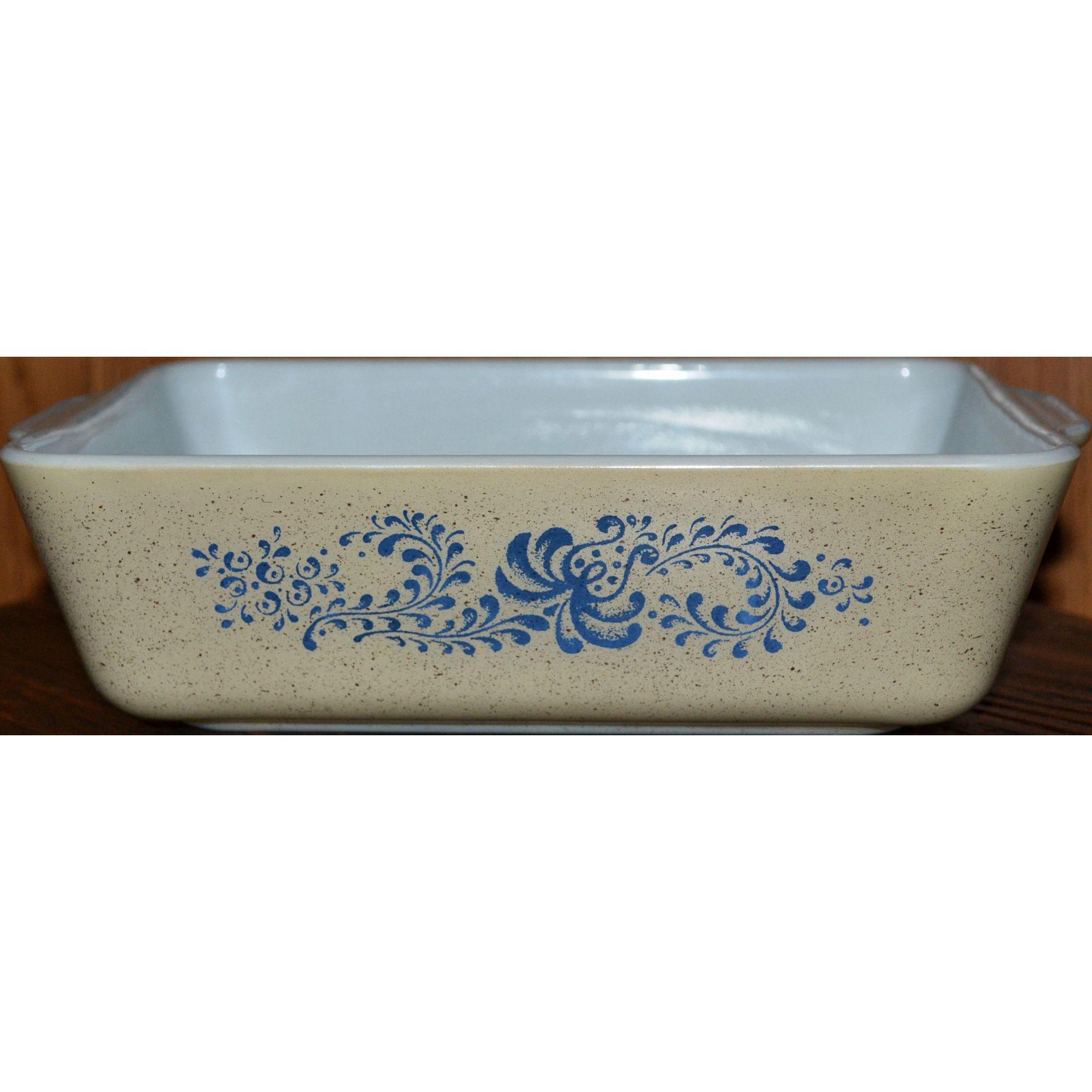 Pyrex Homestead Pattern 1.5 Quart Blue Flower Refrigerator Dish #503B