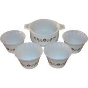Dynaware Pyr-O-Rey 5-Pc Daisy Milk Glass Ramekin or Custard Cup w/ Serving Dish