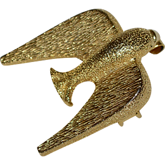 Signed 1973 Mimi di N Textured Goldtone Modernist Bird Buckle Clasp (one end only)