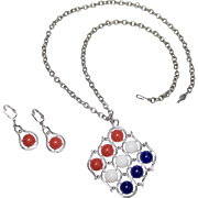Sarah Coventry Patriotic Red, White and Blue Lucite Silvertone Necklace & Earrings Set