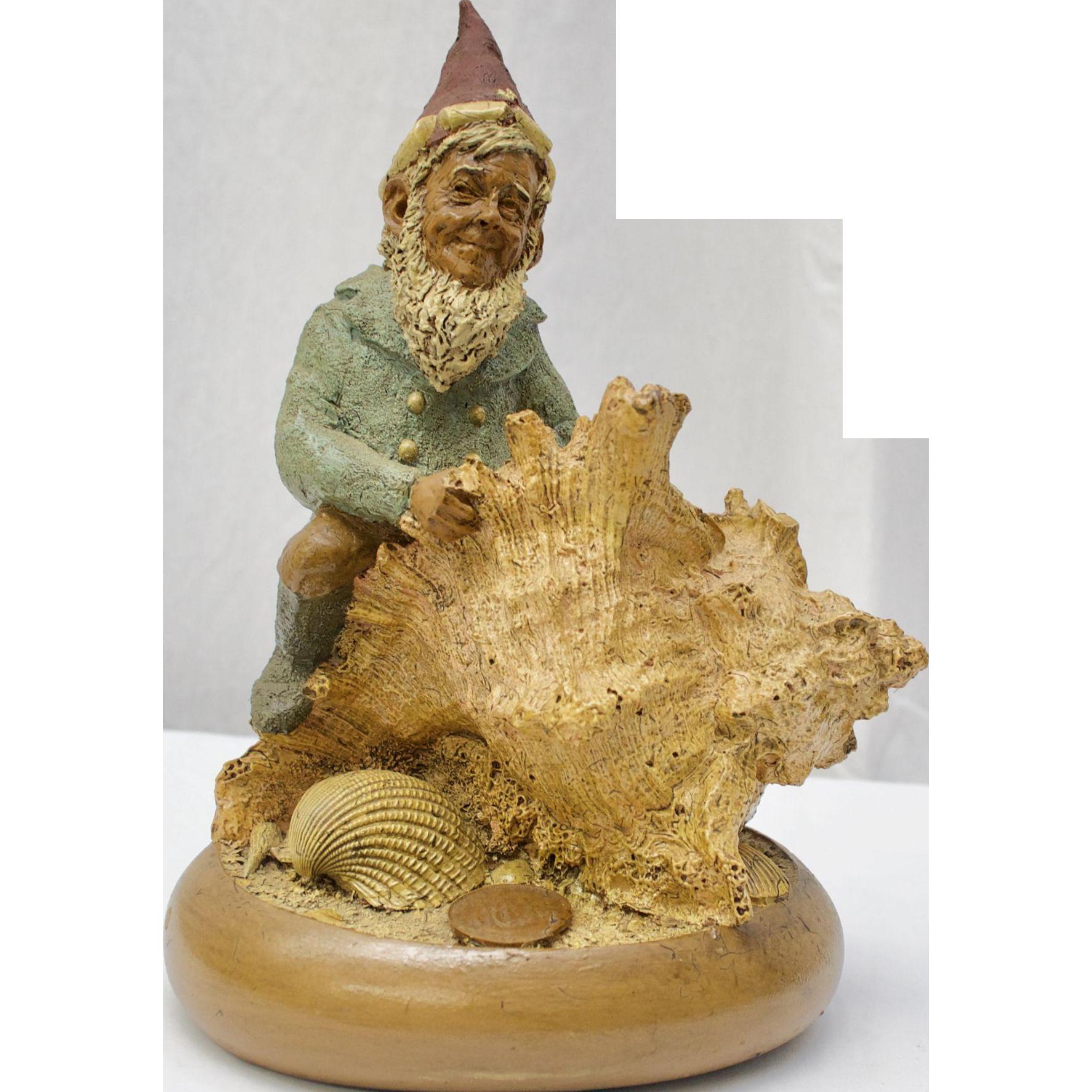 "Tom Clark ""Skipper"" Gnome Figurine w/Seashells #1005"