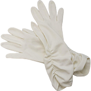 Circa 1950s Ivory White Ruched Mid-Length Ladies Gloves