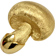 Signed Trifari Mini Mushroom Figural Textured Goldtone Pin