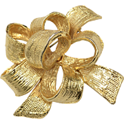 Heavy Gold Plated Christmas Ribbon Bow Textured Brooch/Pin