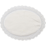 White Linen Fabric Flower Embroidered Oval Hot Pad