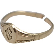 "14k Gold Victorian Antique Engraved Initial ""C"" Monogram Child's Ring"