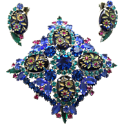 Vintage Juliana (D and E) Blue Oval Engraved (molded) Painted Flower Cabochon Rhinestone Brooch and Earrings Demi Parure